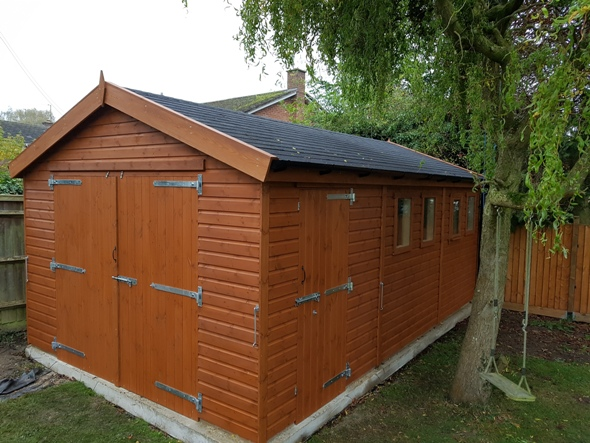 20 x 12 Wooden Garage With Side Door.
