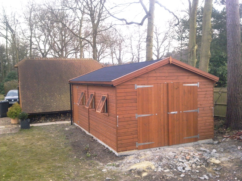 20 x 12 Timber Garage With Felt Shingles